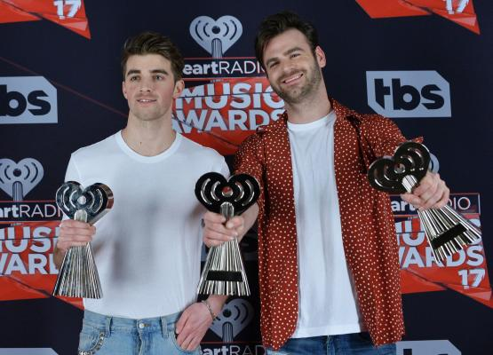 The-Chainsmokers-Justin-Timberlake-Green-Day-take-home-iHeartRadio-awards.jpg