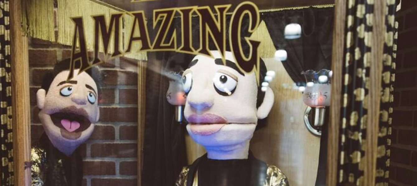 The Amazing Beebo Fortune Puppet X Panic At The Disco Golden1center